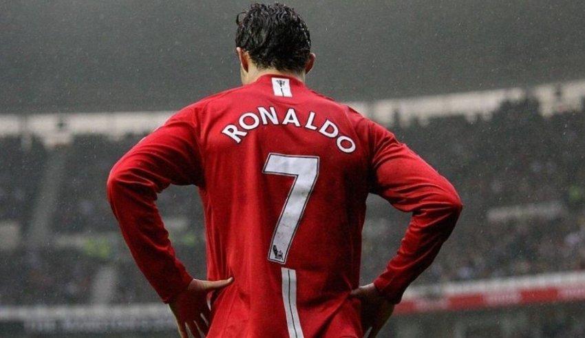 Вечерва Кристијано го израмнува рекордот на легендата на Реал Мадрид!
