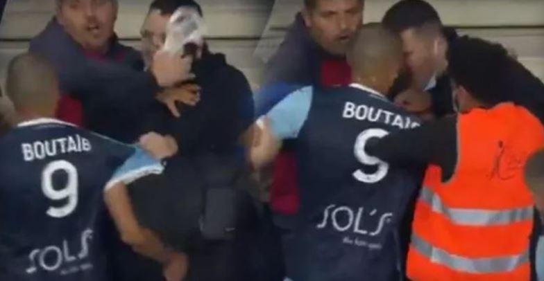 Нов хаос во Франција: Заменет играч тргна физички да се пресмета со навивач (ВИДЕО)