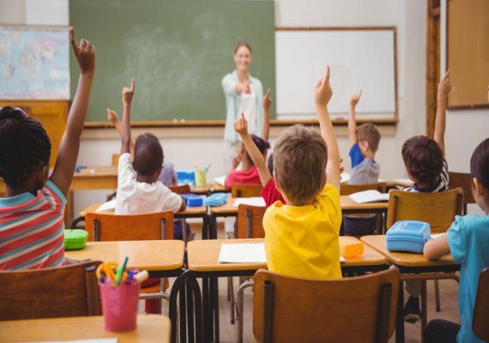 Отишла по ќерката во училиште па доживеала шок: Поради разговорот со учителката настанал тотален хаос