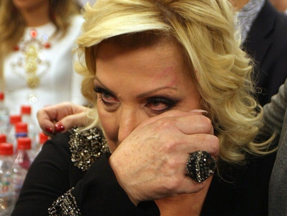"""""""Одамна си отиде сине"""": Снежана Ѓуришиќ ја преовладаа емоциите – со солзи пеев, секоја мајка ќе разбере"""