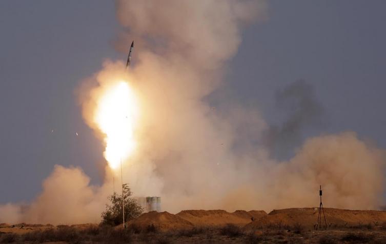 Русија почнува да го користи новиот противракетен систем С-500 (ВИДЕО)