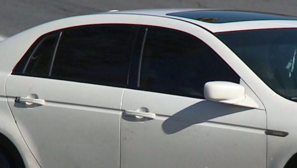 Внимавајте ако имате неатестирани фолии: МВР санкционира возачи за затемнети стакла