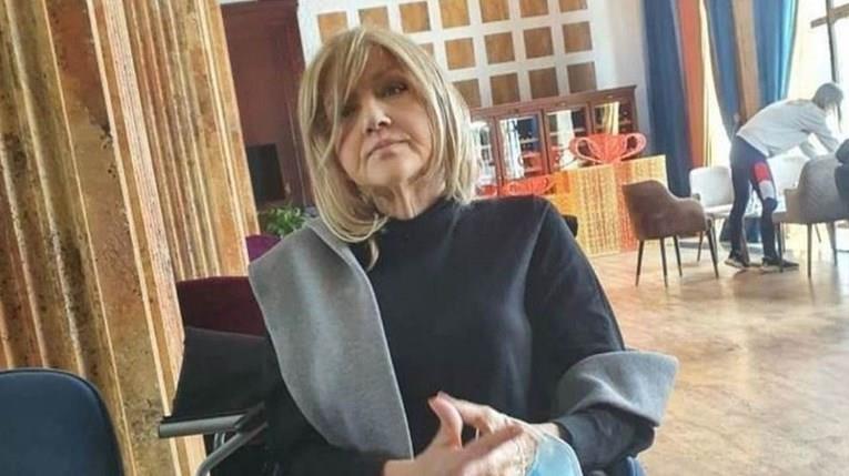 Синот на Марина Туцаковиќ со загрижувачка порака: Мајка ми се задушува