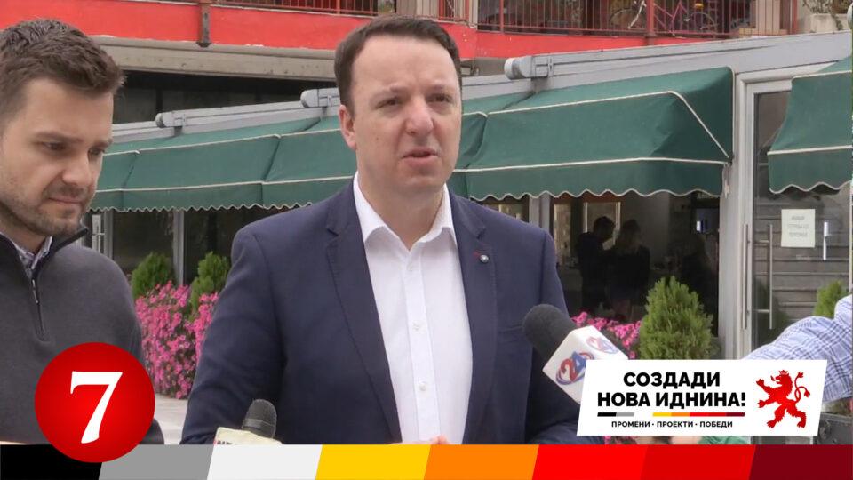 Николоски: Кандидатот на СДСМ за Аеродром е лице осудувано за нанесување тешки телесни повреди на лице кое било на раб да го загуби животот