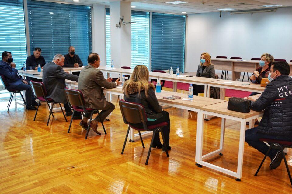 Арсовска: Индустриската зона Визбегово ќе има ист третман како и другите индустриски зони