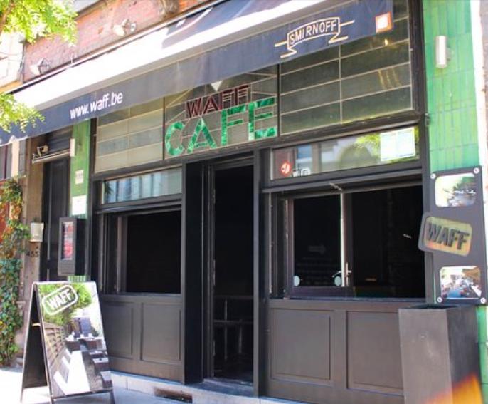 Шок во Брисел откако се обелоденија повеќе силувања во познато кафуле