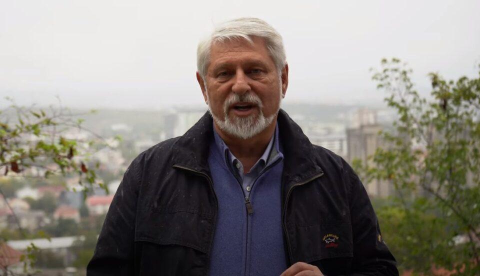 Јакимовски најави продолжение на проектот: Ќе се отстранат сите азбестни покриви во општината