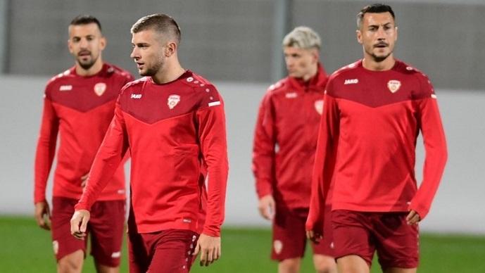 """Фудбалерите го одработија официјалниот тренинг на """"Рајнпарк"""" (ФОТОГАЛЕРИЈА)"""