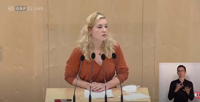 (ВИДЕО) Драма во австрискиот парламент – Пратеничка се онесвести додека зборуваше за Курц