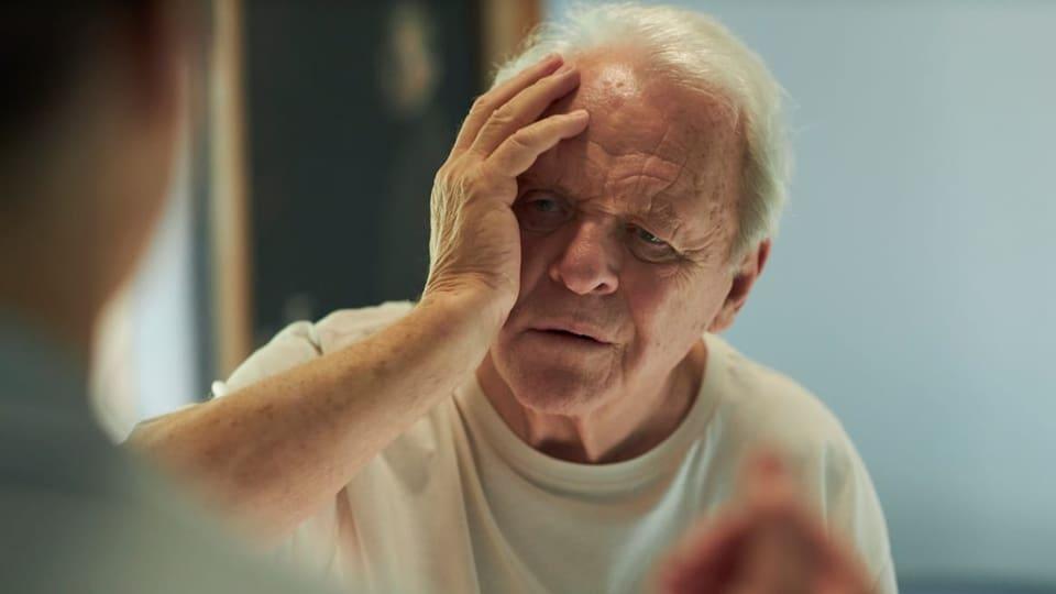 """Сер Ентони Хопикс ќе ја повтори својата улога во филмот """"Син"""""""