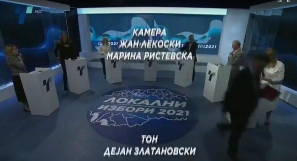 Шилегов едвај чекаше да заврши дебатата откако доби канонада од сите кандидати